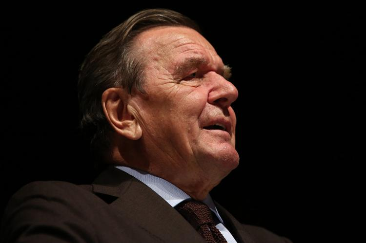 Former German Chancellor Schroeder: The US pursues selfish interests (Tim Reckmann / pixelio.de)
