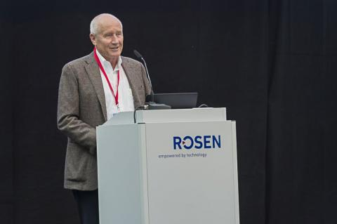 Herman Rosen speaking at the REIF 2016 in Lingen (© 2016 ROSEN Group)