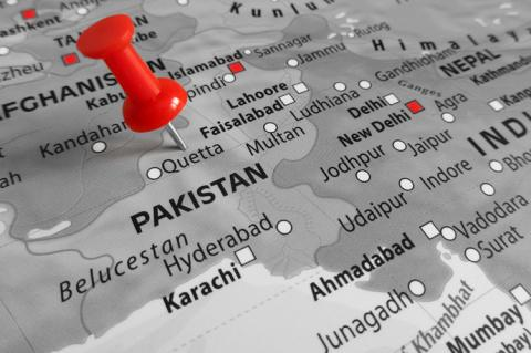 Red marker over Pakistan (copyright by Shutterstock/TonelloPhotography)