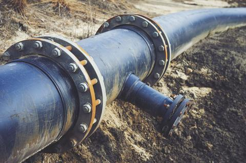 Jordan approves construction of new oil & gas pipeline (ShiningBlack / Shutterstock)