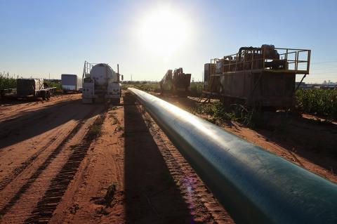 ExxonMobil and Plains All American Envision Major New Multibillion Dollar Pipeline System in the Permian Basin (G B Hart / Shutterstock)