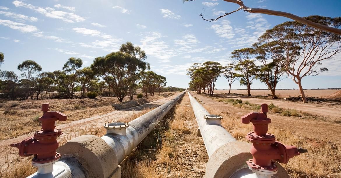 Perth to Kalgoorlie pipeline (copyright by Shutterstock/Tap10)